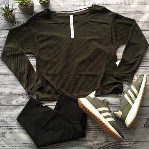 Lululemon Lean in Long Sleeve Top